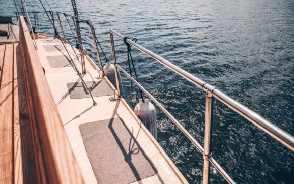 2 Must-Haves for Any Boat Owner to Safely Enjoy Your Time on the Water